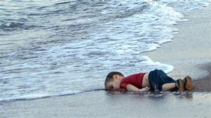 FAUXTOGRAPHY: DEAD KIDS AND OPEN BORDERS